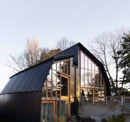 The Houseboat Poole Hamworthy Dorset Exterior Sunset Levels Terraces Award Winning Holiday Property