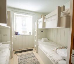 The Houseboat Poole Poole Hamworthy Dorset Midships Cabin Bedroom Award Winning Holiday Property