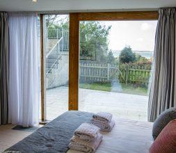 The Houseboat Poole Poole Hamworthy Dorset Captains Quarters Bedroom 2 Award Winning Holiday Property