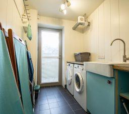 The Houseboat Poole Poole Hamworthy Dorset Utility Area Room Award Winning Holiday Property