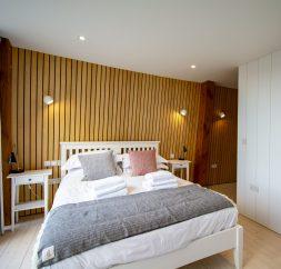 The Houseboat Poole Poole Hamworthy Dorset Captains Quarters Bedroom Award Winning Holiday Property