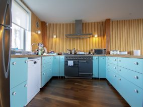 The Houseboat Poole Poole Hamworthy Dorset Galley Kitchen Turquoise Open Plan Living Holiday Property